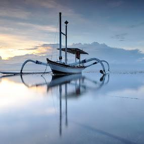 pantai kagrang #5 by KooKoo BreSyanatha - Transportation Boats