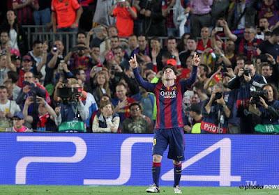 Lionel Messi repasse devant Cristiano Ronaldo