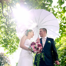 Wedding photographer Anna Yensen (moments-forever). Photo of 29.05.2014