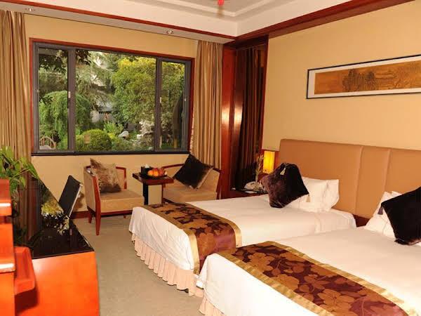 Jade Emperor Hotel