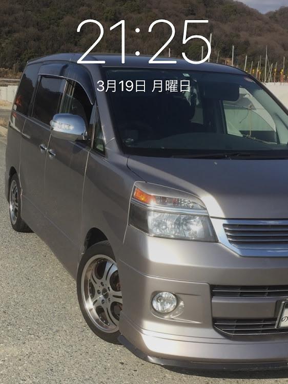 ヴォクシー AZR60Gの愛車紹介,iPhoneロック画面,流行り?に関するカスタム&メンテナンスの投稿画像1枚目