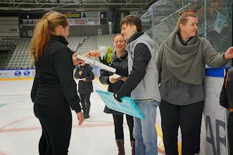 Photo: Gaver til trænerne