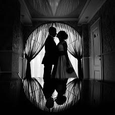 Wedding photographer Oleg Gurov (AmazinG). Photo of 23.11.2017