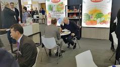 El stand de Vicasol  en esta edición de Fruit Logistica es espacio de encuentro entre el equipo comercial de la cooperativa y sus clientes.