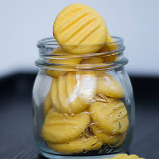 Eggless Custard Cookies.