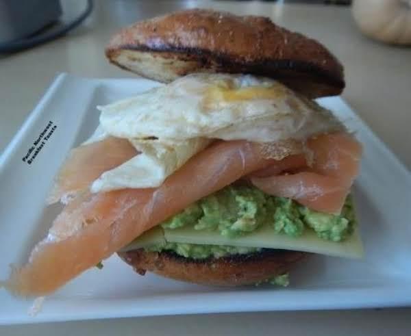 Pacific Northwest Breakfast Toasts (serves 2)