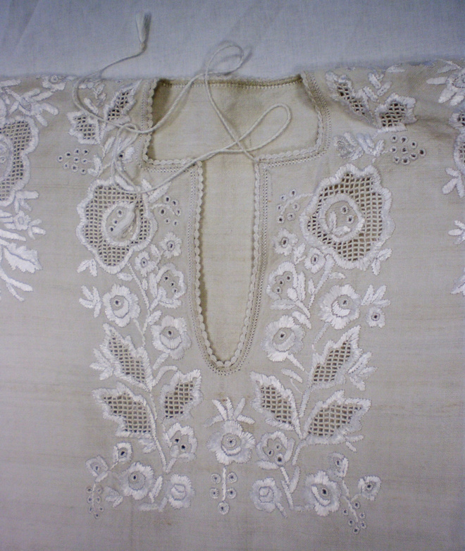 Білим по білому, Буковина