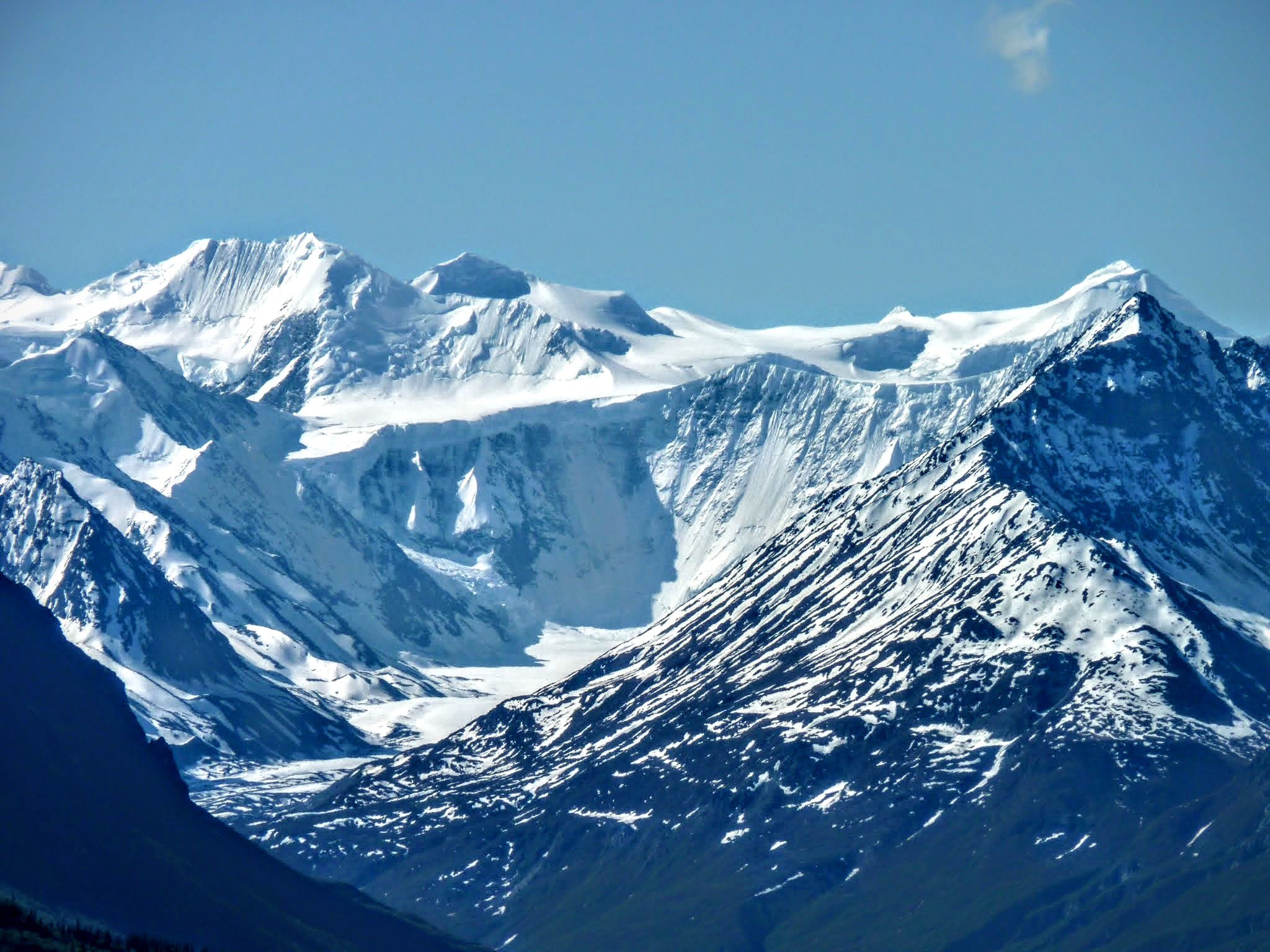 Photo: Awesome Chugach Range peaks across the valley.