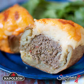 Baked Potatoes Stuffed With Meatloaf.