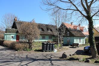 Photo: Ledøje. Smedens Hus ved gadekæret