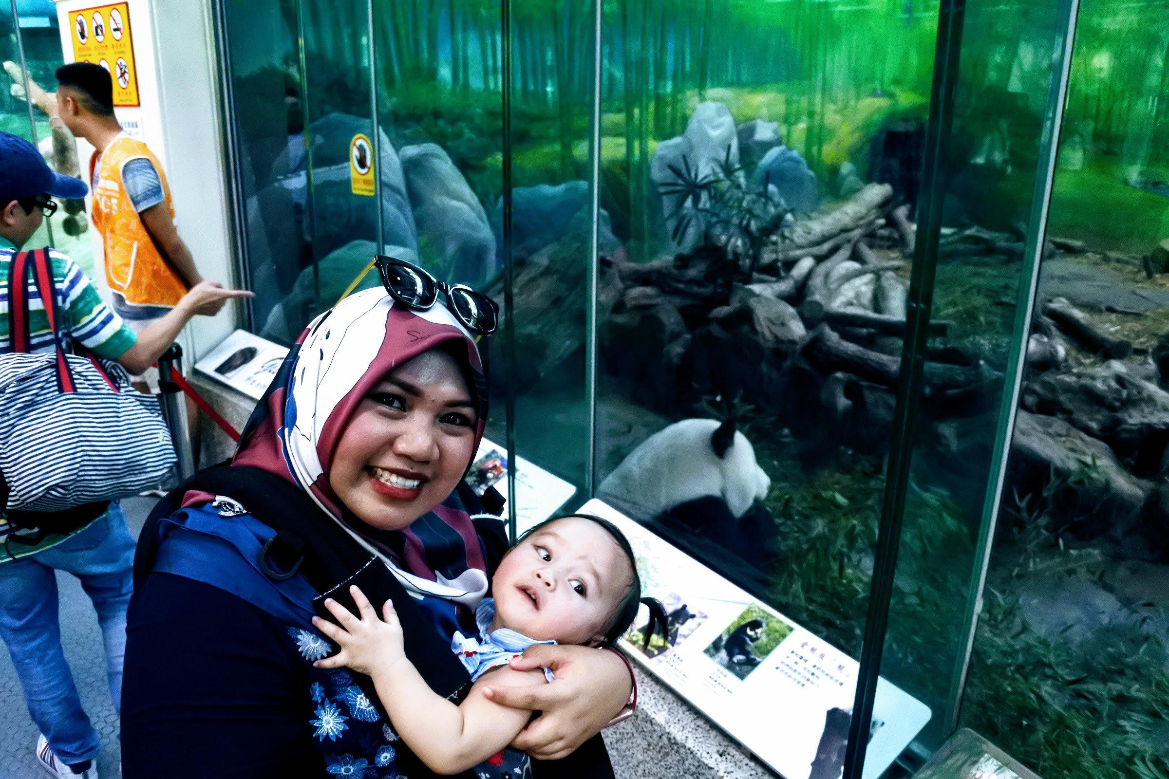 Amira and Zinnirah at Giant Panda House