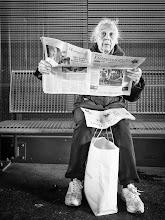 Photo: Luzerner Zeitung...  #street #streetphotography #shootthestreet  #blackandwhite #blackandwhitephotography #bw #monochrome