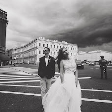 Wedding photographer Dasha Zhukovskaya (Ghukovskaya). Photo of 17.09.2015