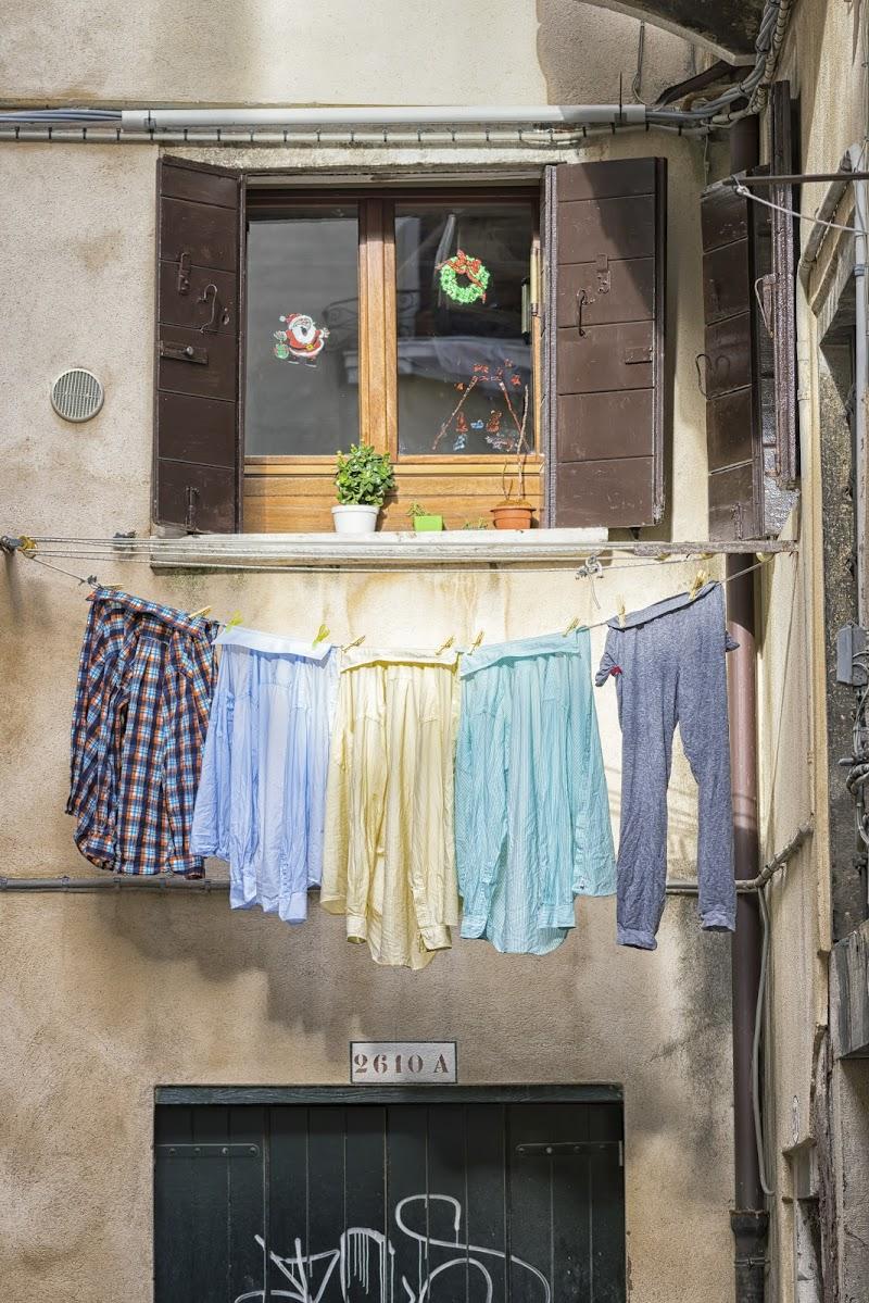 I panni sporchi si lavano in casa di Alessandro Zaniboni Ph