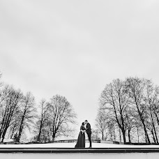 Wedding photographer Ted Estos (tedestos). Photo of 07.02.2018