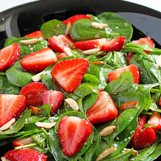 Strawberry Spinach Almond Salad