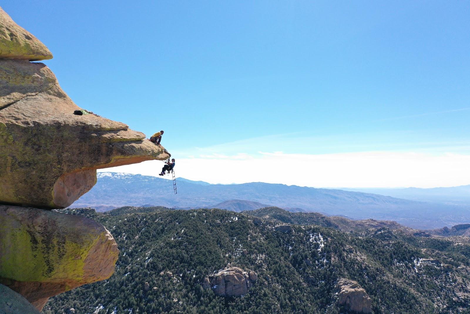 Windy Point on Mt Lemmon - Hoodoo formations