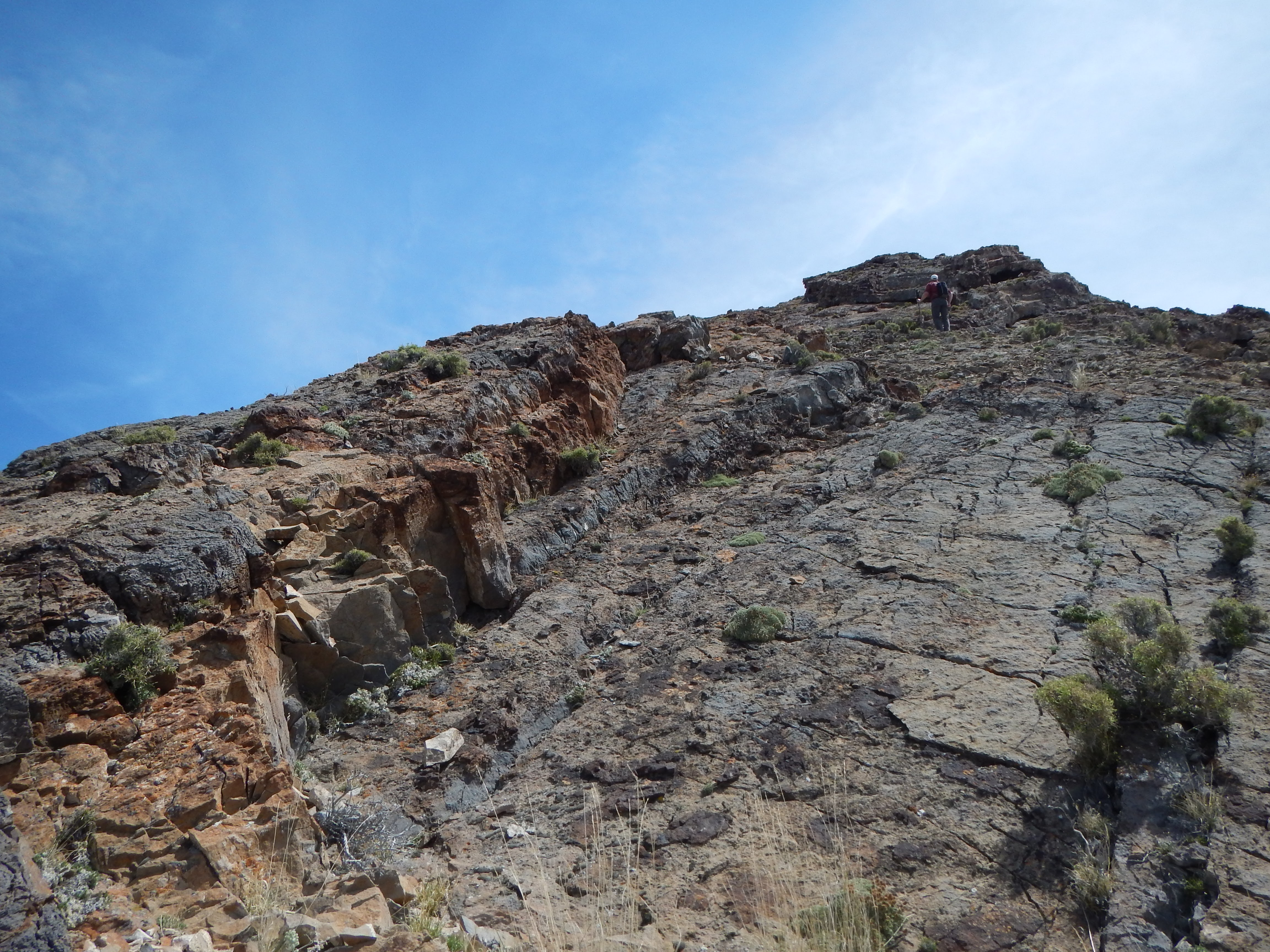 Photo: Less crumbly, but steeper rock slabs lie ahead.