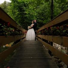 Wedding photographer Claudiu ciprian Calina (ciprian90). Photo of 17.07.2018