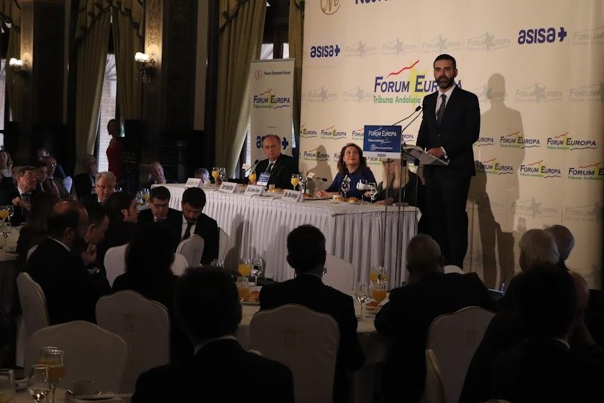 Conferencia en Sevilla organizada por Nueva Economía Forum.