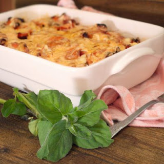 Perfectly Easy PIzza Casserole.