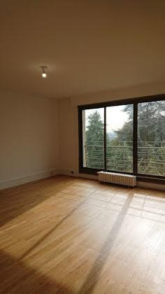 Location appartement 4 pièces 127 m2
