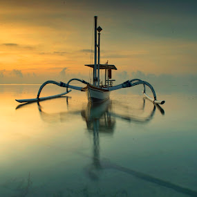 alone at sea by KooKoo BreSyanatha - Transportation Boats