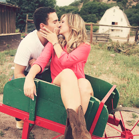 Country Kiss by Ashley Vanley - People Couples