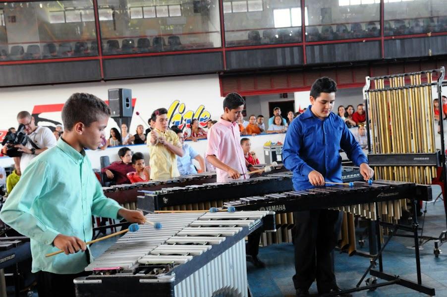 En el Gimnasio Combate  del Coliseo Carl Herrera de la capital de Portuguesa, el movimiento de percusión reafirmó la siembra del festival que cada año se celebra en Guanare. El Ensamble de Percusión Infantil mostró su talento con un tributo a Chuck Manglone, mientras que el Ensamble de Percusión de los Llanos sorprendió con Them Teatrer.