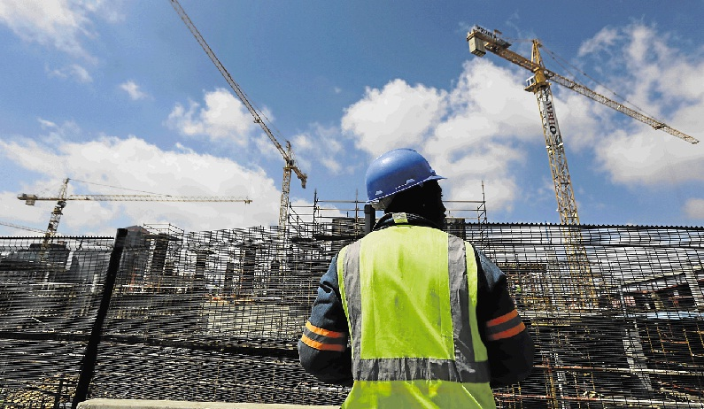 Construction industry hails pledge to crack down on building criminals