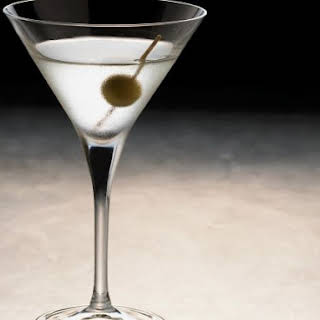 Classic Gin Cocktail.