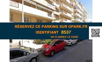 Parking 7,74 m2