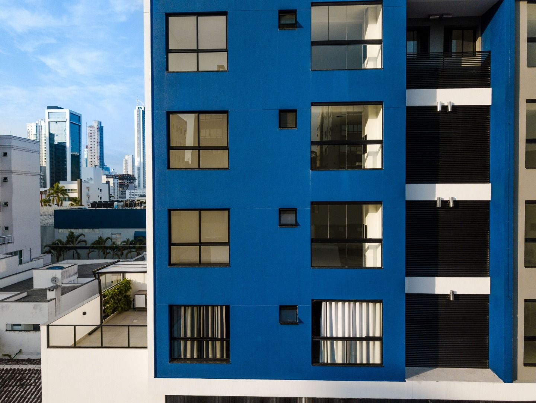 Apartamento no Edifício San Gottardo com 2 dormitórios à venda por R$ 640.000 – Nações – Balneário Camboriú/SC