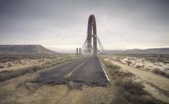 asfaltweg die eindigt in grote, verticale, cirkel (terugkomend)