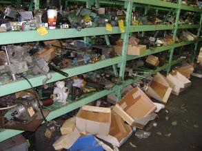 Photo: Aqui artefatos mecanicos diversos, caixas de redução, interruptores de fim de curso, inversores etc..