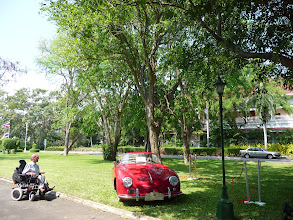 Photo: Nice surrounding for vintage cars in Hua Hin, Thailand.