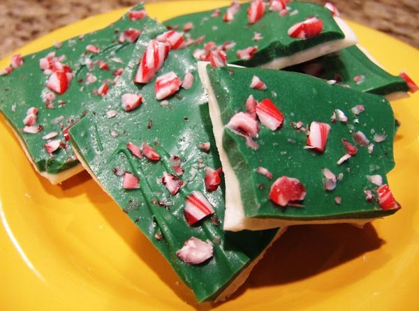 Candy Cane Mint Bark Recipe