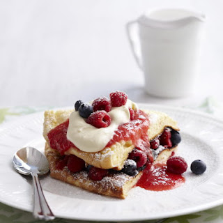 Berry Pancake Soufflé
