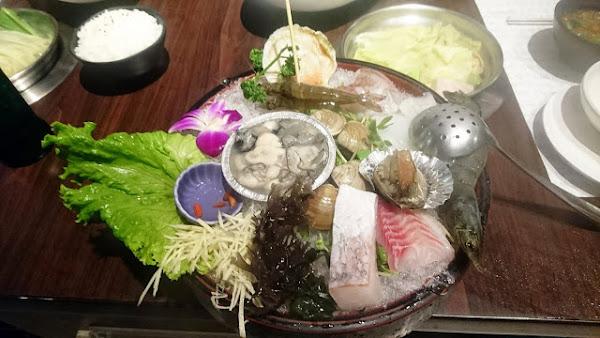 天鍋宴精緻涮涮鍋_芝山店 - 鮑魚新鮮到上桌還在活動,讓人驚訝的高品質涮涮鍋 @ 餓之華小劇場