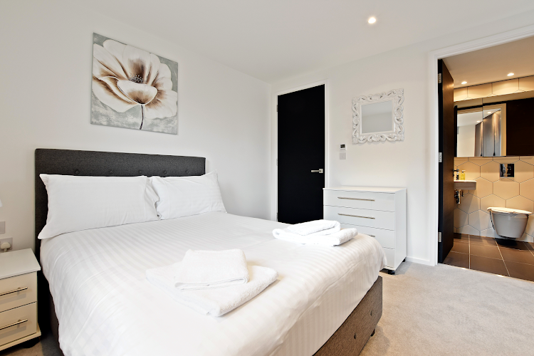 Luxury bedroom at Hoxton Shoreditch/Old St.