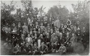 """Photo: 1930 Groepsportret Koninklijke Harmonie Cecilia. (Cornelis """"Kees"""" Willemsen met snor en trombone ongeveer in het midden)"""