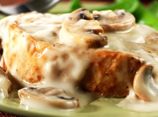 Pork Chops In Creamy Mushroom Sauce. Recipe
