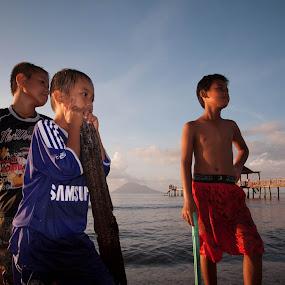 :anak pantai: by Arief Ahmad - Babies & Children Child Portraits