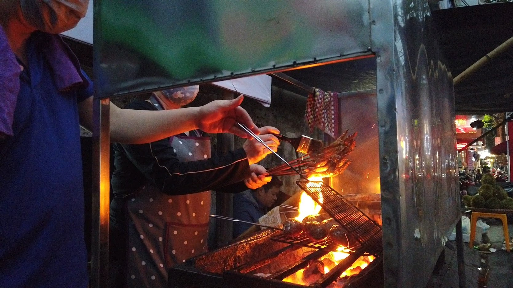 Quán chân gà nướng đường Cát Cụt món ngon ẩm thực Hải Phòng