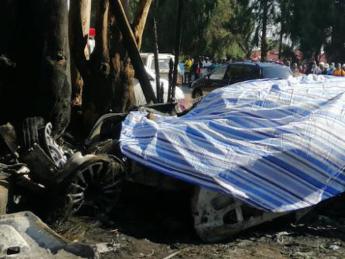 """Um socialite e empresário zimbabuano, Genius """"Ginimbi"""" Kadungure, morreu instantaneamente após se envolver em um acidente estranho na madrugada de domingo."""
