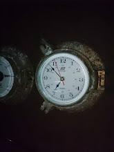 Photo: 只今、朝6時50分。 まだ外は・・・