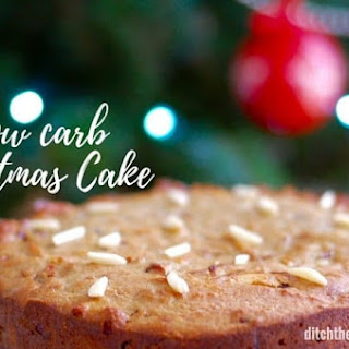 Easy Low Carb Christmas Cake.
