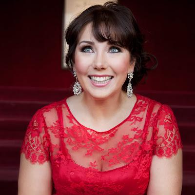 Talking with singers: Jennifer Rowley
