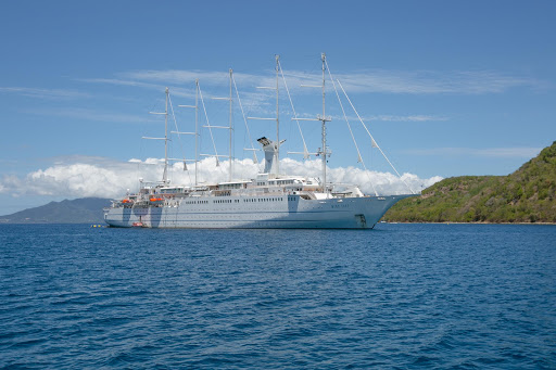 wind-surf-in-guadeloupe-2.jpg - The 310-passenger Wind Surf in Îles des Saintes, Guadeloupe.
