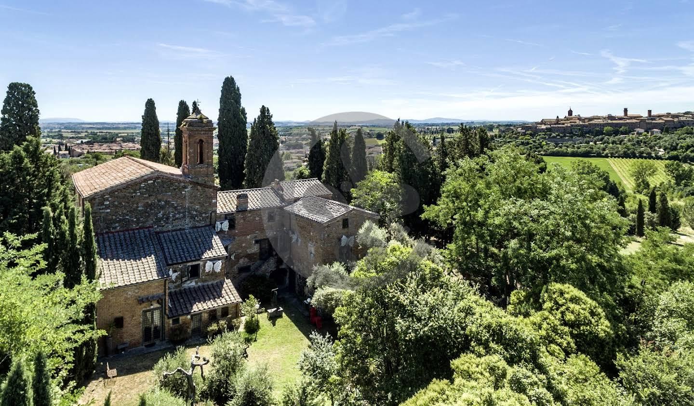 Corps de ferme avec jardin Torrita di Siena